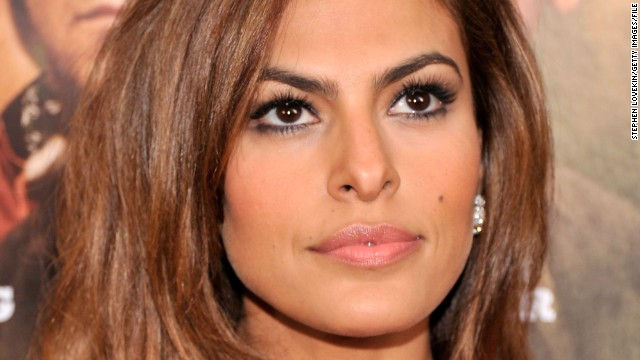 "A year before People magazine reported that the actress checked into a substance abuse facility in 2008, Eva Mendes told reporters she ""wasn't comfortable at all"" and needed a cocktail to film a sex scene in 2007's ""We Own the Night."""